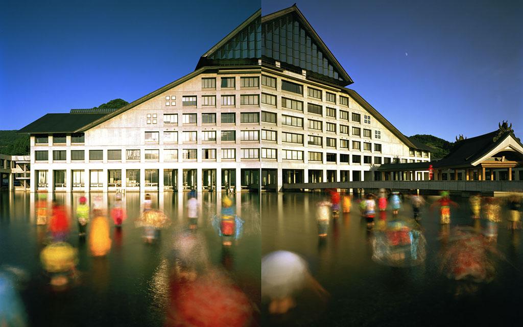 «Корона Земли». Японская фотовыставка в Галерее ...: http://chernov-vlad.livejournal.com/82346.html