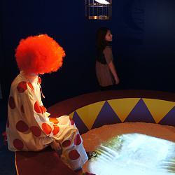 Нажмите на изображение для увеличения.  Название:Клоун и девочка.JPG Просмотров:255 Размер:156.1 Кб ID:23379