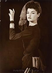 Нажмите на изображение для увеличения.  Название:145. Juliette with Head-dress SCS copy.jpg Просмотров:298 Размер:81.9 Кб ID:32319