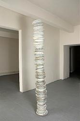 Нажмите на изображение для увеличения.  Название:Marek Kvetan,Plates,2009,Slovakia,инсталля&#1094.jpg Просмотров:364 Размер:65.3 Кб ID:28171